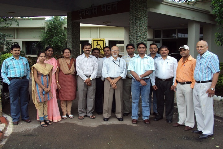 https://cache.careers360.mobi/media/colleges/social-media/media-gallery/1608/2019/3/6/Group picture of Composite Regional Centre for Persons with Disabilities Bhopal_Others.JPG