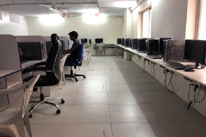 https://cache.careers360.mobi/media/colleges/social-media/media-gallery/16118/2019/5/3/IT Lab of JNIAS School of Planning and Architecture Hyderabad_IT-Lab.jpg