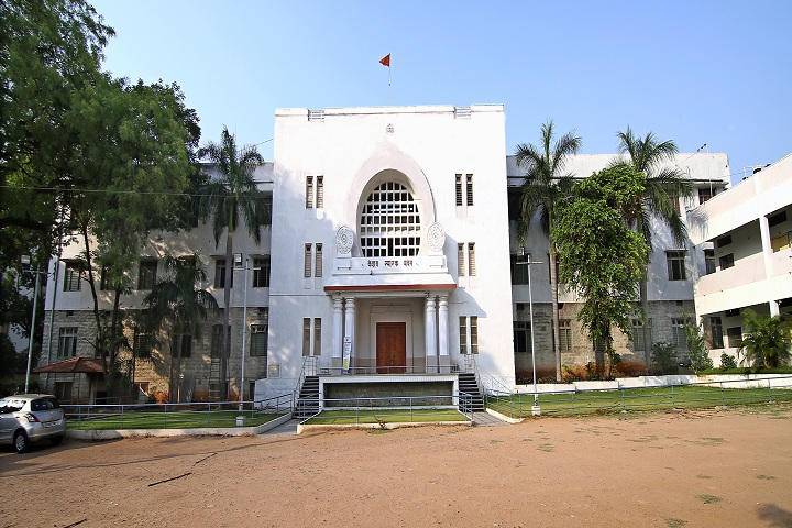 https://cache.careers360.mobi/media/colleges/social-media/media-gallery/16125/2019/4/23/Campus View of Keshav Memorial Institute of Commerce and Science Hyderabad_Campus-View.jpg