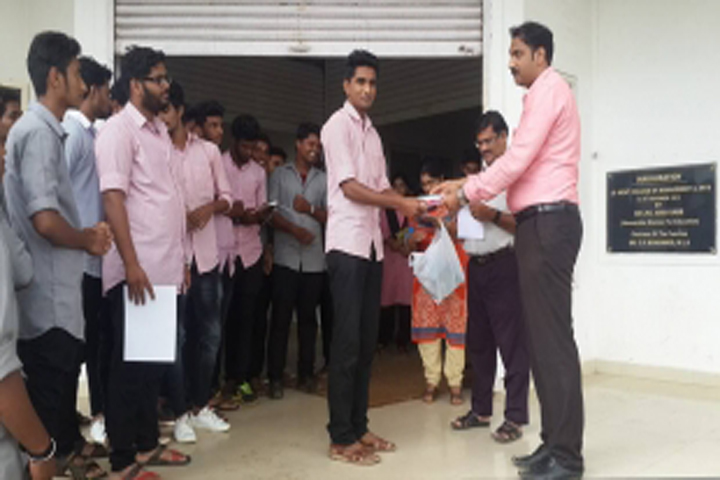 https://cache.careers360.mobi/media/colleges/social-media/media-gallery/16253/2020/2/19/Students of Lement College Pattambi_Others.jpg