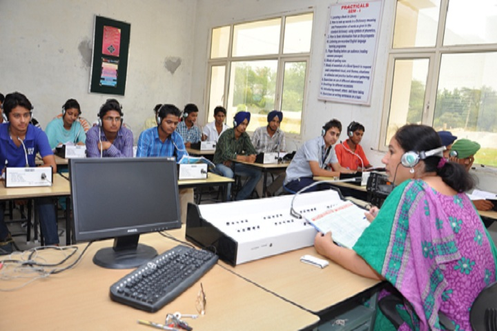 https://cache.careers360.mobi/media/colleges/social-media/media-gallery/16376/2021/1/21/Language Lab of RPC Degree College Bathinda_Laboratory.jpg
