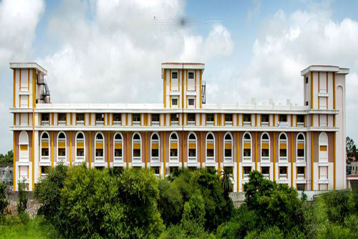 https://cache.careers360.mobi/media/colleges/social-media/media-gallery/16459/2018/12/12/Campus-View of Balaji College of Arts Commerce and Science Pune_Campus-View.JPG