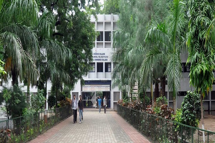 https://cache.careers360.mobi/media/colleges/social-media/media-gallery/16531/2018/12/11/Campus View of Shri DN Institute of Business Administration Anand_Campus-View.jpg