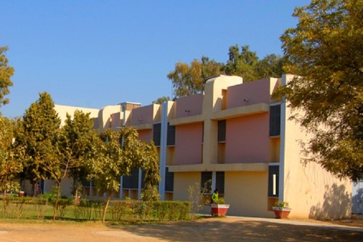 https://cache.careers360.mobi/media/colleges/social-media/media-gallery/16551/2019/2/21/Campus view of Smt Indramani Mandelia Shiksha Niket Jhunjhunu_Campus-view.jpg