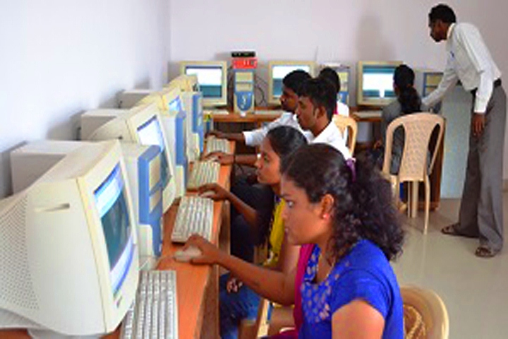 https://cache.careers360.mobi/media/colleges/social-media/media-gallery/16613/2018/11/29/IT Lab of Sufiya Law College Tumkur_IT Lab.jpg