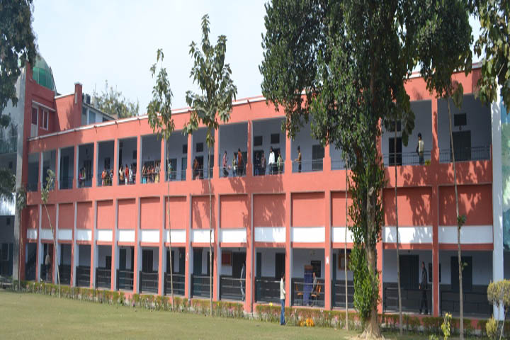 https://cache.careers360.mobi/media/colleges/social-media/media-gallery/16627/2018/11/5/Campus view of Swami Shukdevanand Postgraduate College Shahjahanpur_Campus-View.JPG