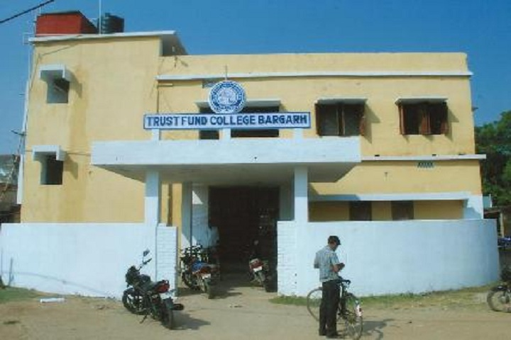https://cache.careers360.mobi/media/colleges/social-media/media-gallery/16655/2019/5/27/Campus View of Trust Fund Degree College Bargarh_Campus-View.jpg