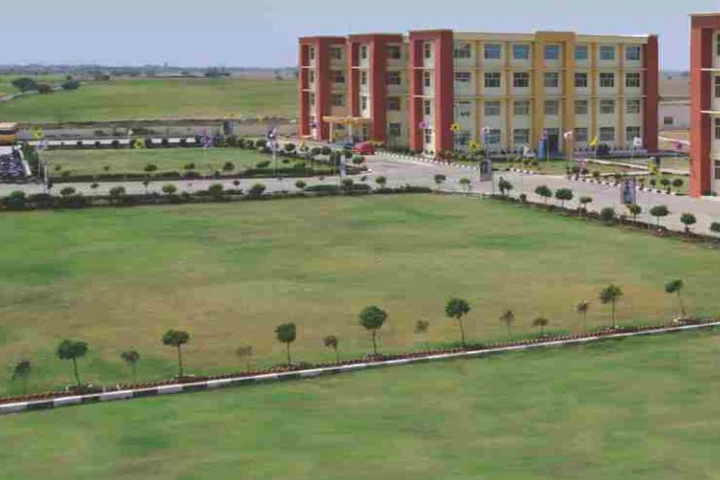 https://cache.careers360.mobi/media/colleges/social-media/media-gallery/16667/2019/5/20/Campus-View of Universal Law College Mohali_Campus-View.jpg