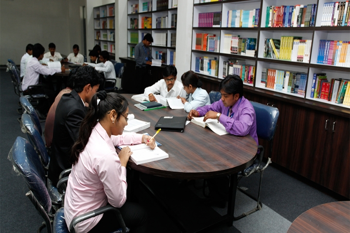 https://cache.careers360.mobi/media/colleges/social-media/media-gallery/16728/2019/5/7/Library of Noble Institute of Management and Technology Lucknow_Library.jpg
