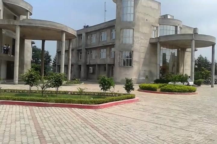 https://cache.careers360.mobi/media/colleges/social-media/media-gallery/16734/2019/4/16/Campus View of AS Group of Institutions Khanna_Campus-View.jpg