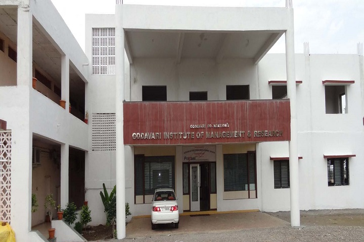https://cache.careers360.mobi/media/colleges/social-media/media-gallery/16738/2018/12/20/College Building View of Godavari Institute of Management and Research Jalgaon_Campus-View.jpg