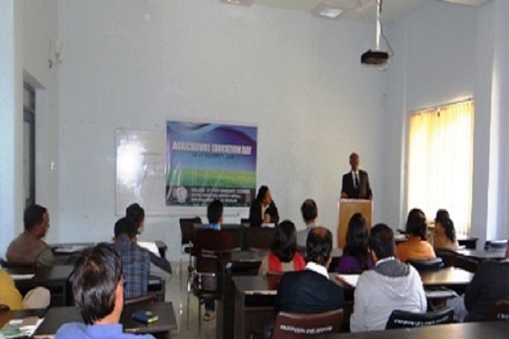 https://cache.careers360.mobi/media/colleges/social-media/media-gallery/16771/2019/2/20/Seminar Hall of College of Post Graduate Studies Meghalaya_Others.jpg