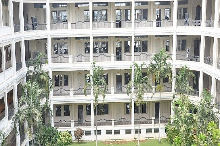 https://cache.careers360.mobi/media/colleges/social-media/media-gallery/16820/2019/4/25/Inside View of Jairam Arts and Science College Salem_Campus-View.JPG