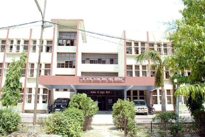 https://cache.careers360.mobi/media/colleges/social-media/media-gallery/16869/2019/1/5/Campus View of Shri Ramdevi Ramdayal Tripathi Mahila Polytechnic Kanpur_Campus-view.jpg