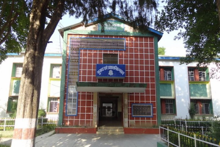 https://cache.careers360.mobi/media/colleges/social-media/media-gallery/16918/2018/12/29/Campus View of Laxman Singh Mahar Government Post Graduate College Pithoragarh_Campus-View.JPG