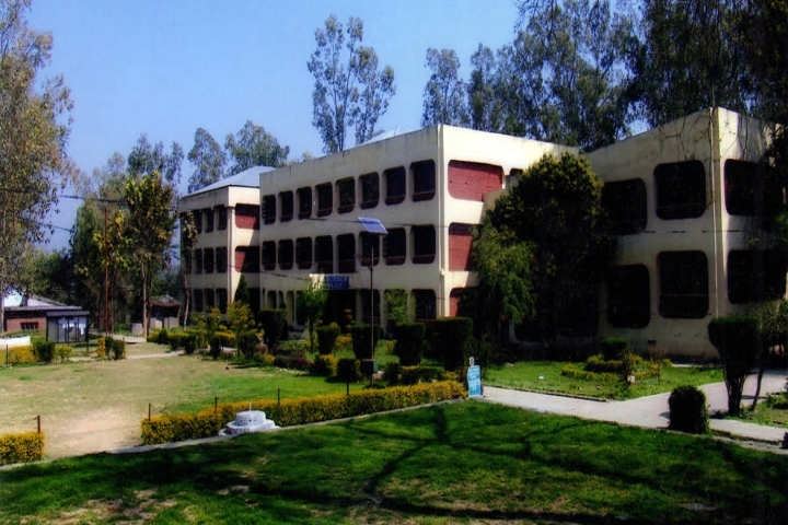 https://cache.careers360.mobi/media/colleges/social-media/media-gallery/16933/2018/12/15/Campus View of WRS Government College Dehri_Campus-View.jpg