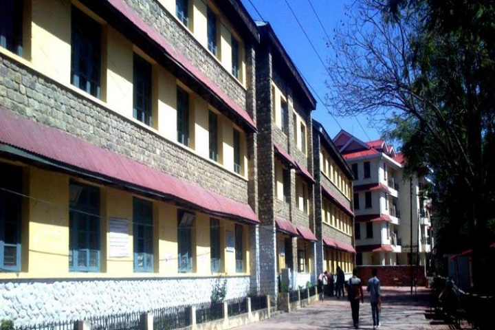https://cache.careers360.mobi/media/colleges/social-media/media-gallery/16937/2020/5/8/Campus View of Government College Kullu_Campus-View.png