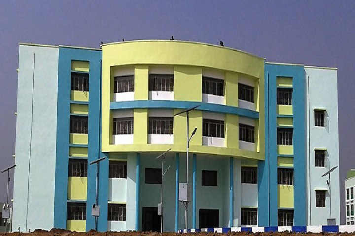 https://cache.careers360.mobi/media/colleges/social-media/media-gallery/17177/2020/8/21/Campus of Ramkrishna Mahato Government Engineering College Purulia_Campus-View.jpeg