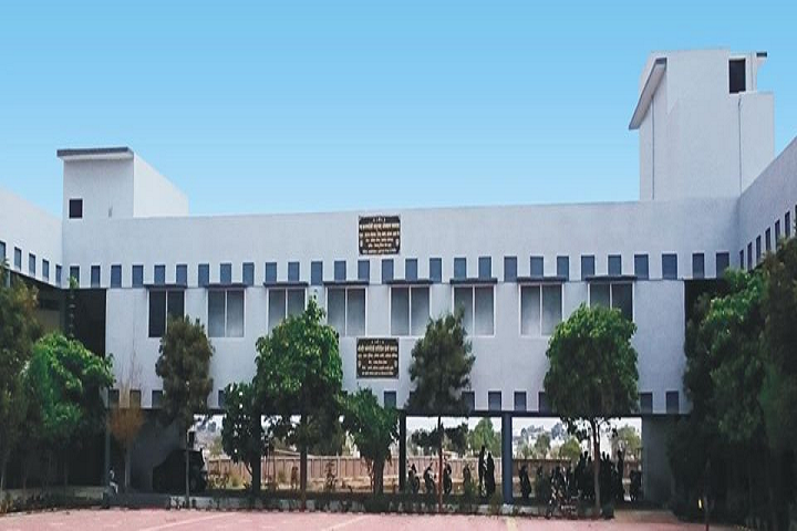 https://cache.careers360.mobi/media/colleges/social-media/media-gallery/17246/2020/2/29/Campus View of Shri Jain Shwetamber Professional Academy Indore_Campus-View.png