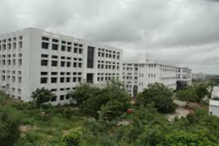 https://cache.careers360.mobi/media/colleges/social-media/media-gallery/17293/2019/5/28/Campus-View of Vignana Jyothi Institute of Arts and Sciences Secunderabad_Campus-View.jpg