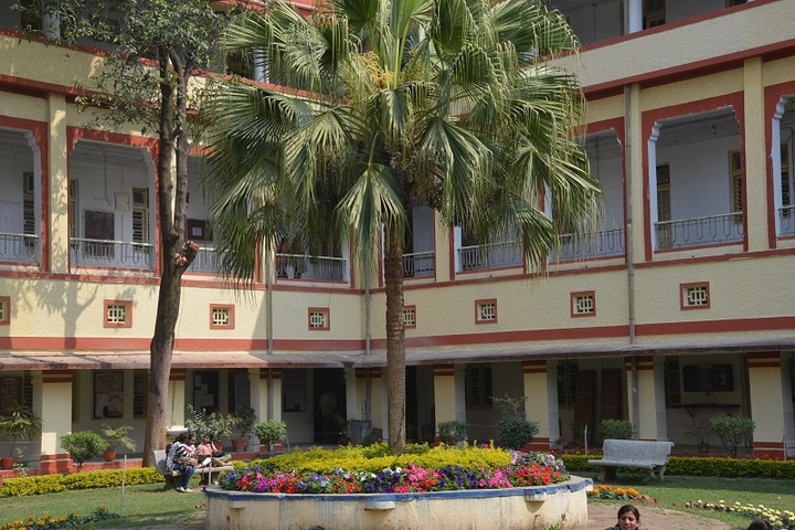 https://cache.careers360.mobi/media/colleges/social-media/media-gallery/17386/2017/2/17/Government-MH-College-of-Home-Science-and-Science-for-Women-Jabalpur16.jpg