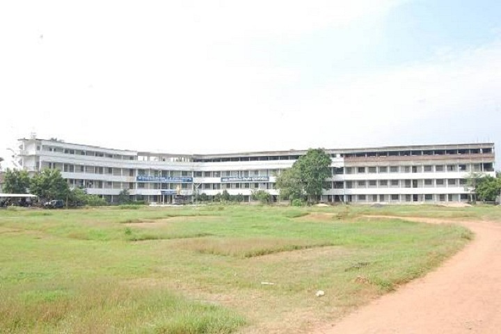 https://cache.careers360.mobi/media/colleges/social-media/media-gallery/17389/2019/4/2/Campus view of Sri YVS and Sri BRM Polytechnic, Muktheswaram_Campus-view.jpg