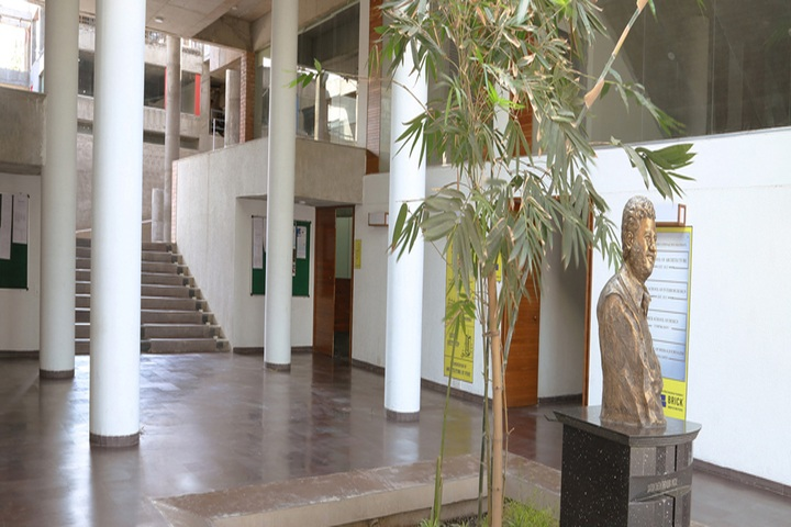 https://cache.careers360.mobi/media/colleges/social-media/media-gallery/1739/2018/12/31/Campus inside view of Brick School of Interior Design Pune_Campus-view.jpg