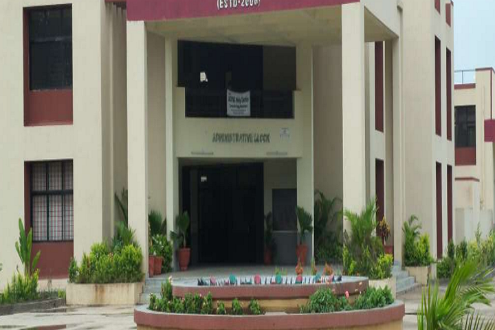 https://cache.careers360.mobi/media/colleges/social-media/media-gallery/17449/2019/1/14/Campus View of Government Polytechnic Waghai_Campus-View.png