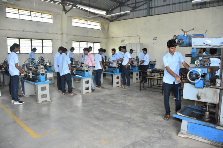 https://cache.careers360.mobi/media/colleges/social-media/media-gallery/17491/2019/1/14/Laboratory of Gangadhar Polytechnic Dharwad_Laboratory.JPG