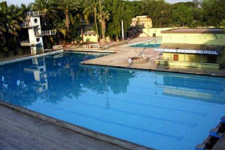 https://cache.careers360.mobi/media/colleges/social-media/media-gallery/17584/2020/8/7/Swimming pool of Shree HVP Mandal s Degree College of Physical Education Amravati_Others.jpg