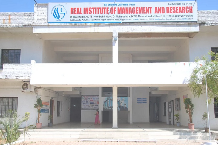 https://cache.careers360.mobi/media/colleges/social-media/media-gallery/17601/2020/10/6/College of Real Institute of Management and Research Nagpur_Campus-View.jpg