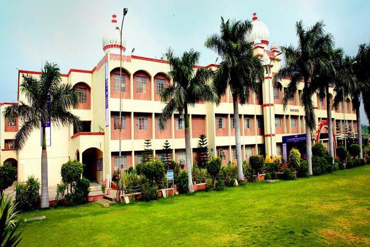 https://cache.careers360.mobi/media/colleges/social-media/media-gallery/1761/2020/11/20/Campus View of Shri Vaishnav Vidyapeeth Vishwavidyalaya Indore_Campus-View.jpg