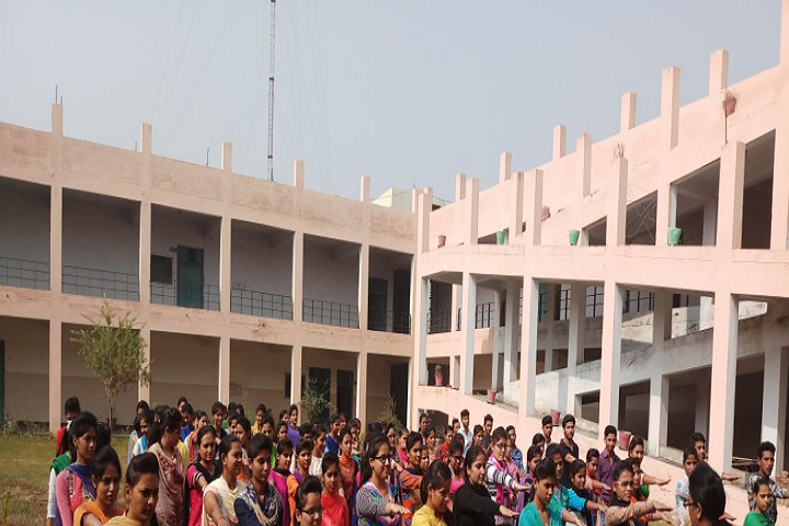 https://cache.careers360.mobi/media/colleges/social-media/media-gallery/1766/2018/9/29/College Building View of IK Gujral Punjab Technical University Campus_Campus-View.png