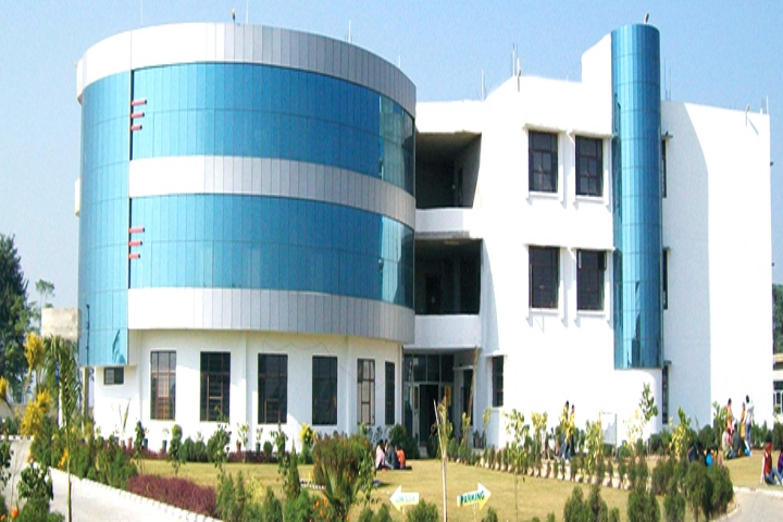 https://cache.careers360.mobi/media/colleges/social-media/media-gallery/17717/2019/3/2/Campus-View of Vidya Rattan Polytechnic Sangrur_Campus-View.jpg