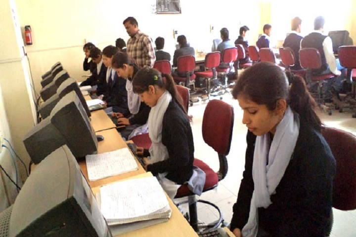 https://cache.careers360.mobi/media/colleges/social-media/media-gallery/17781/2019/3/5/IT labof Government Girls Polytechnic Almora_IT-Lab.jpg