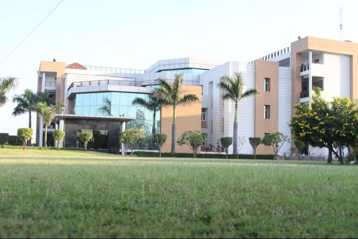 https://cache.careers360.mobi/media/colleges/social-media/media-gallery/17806/2018/12/9/Campus View of FIT Engineering College, Meerut_Campus-View.jpg