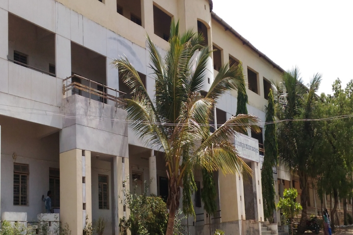 https://cache.careers360.mobi/media/colleges/social-media/media-gallery/17862/2019/1/5/Campus View of JV Mandals Polytechnic College Terdal_Campus-View.jpg