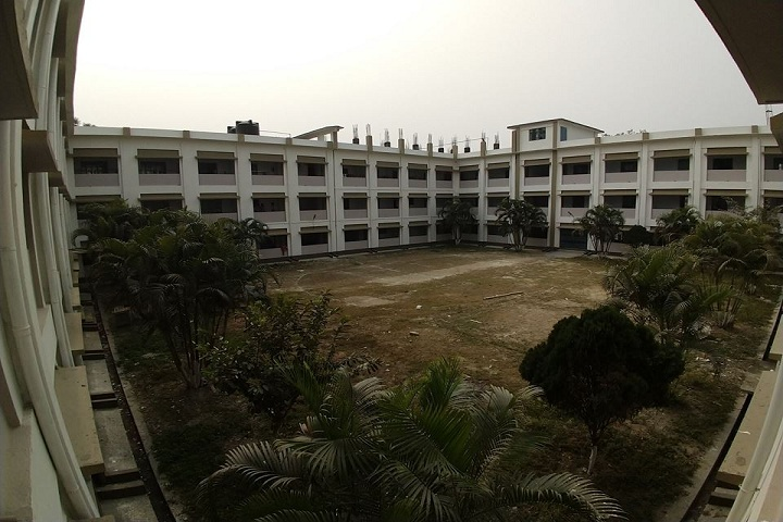 https://cache.careers360.mobi/media/colleges/social-media/media-gallery/17898/2019/3/4/Whole campus view of Falakata Polytechnic Falakata_Campus-view.jpg
