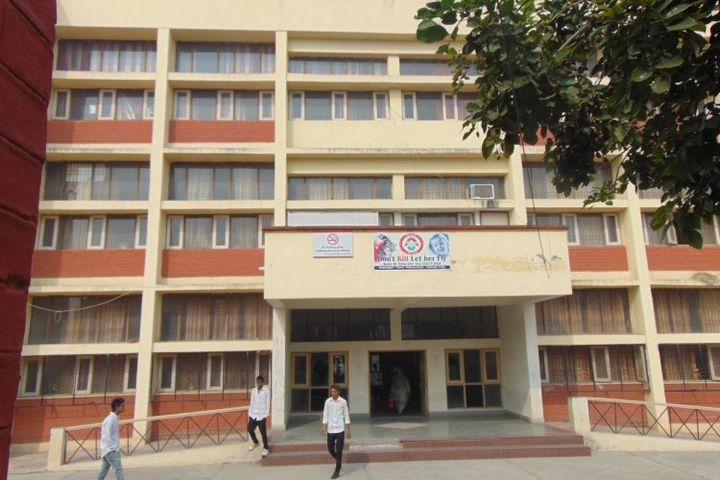 https://cache.careers360.mobi/media/colleges/social-media/media-gallery/17914/2018/10/15/College Building View of Government Polytechnic College Ambala_Campus-View.jpg