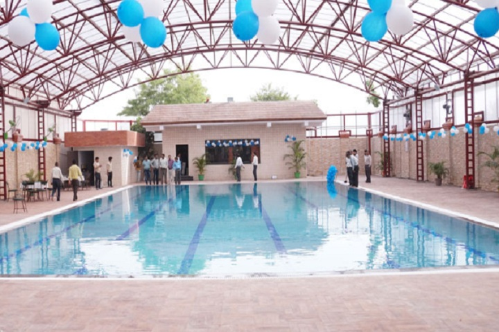 https://cache.careers360.mobi/media/colleges/social-media/media-gallery/1799/2019/1/28/Swimming Pool of IIMT University Meerut_Others.jpg