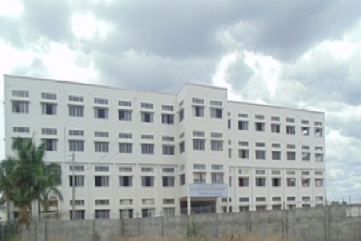 https://cache.careers360.mobi/media/colleges/social-media/media-gallery/17998/2019/1/8/Campus View of Sahayog Sevabhavi Sansthas Indira Institute of Technology Polytechnic Nanded_Campus-View.JPG