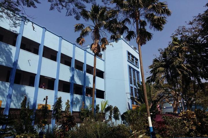 https://cache.careers360.mobi/media/colleges/social-media/media-gallery/18008/2019/3/5/College Building View of Jnan Chandra Ghosh Polytechnic Kolkata_Campus-View.jpg