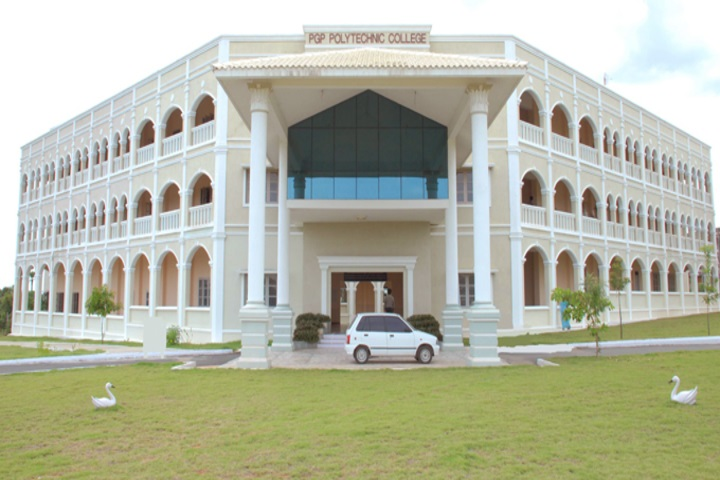 https://cache.careers360.mobi/media/colleges/social-media/media-gallery/18054/2019/3/11/Campus View of PGP Polytechnic College Namakkal_Campus-View.jpg