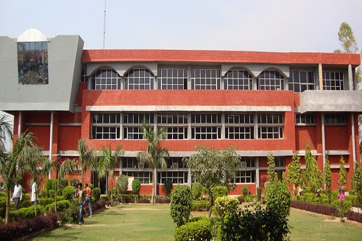 https://cache.careers360.mobi/media/colleges/social-media/media-gallery/18123/2018/10/8/Campus view of Swami Parmanand Polytechnic Lalru_Campus-view.jpg