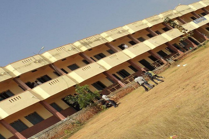 https://cache.careers360.mobi/media/colleges/social-media/media-gallery/18260/2018/11/19/Campus View Of Mahendra Degree College Pathapatnam_Campus View.jpg