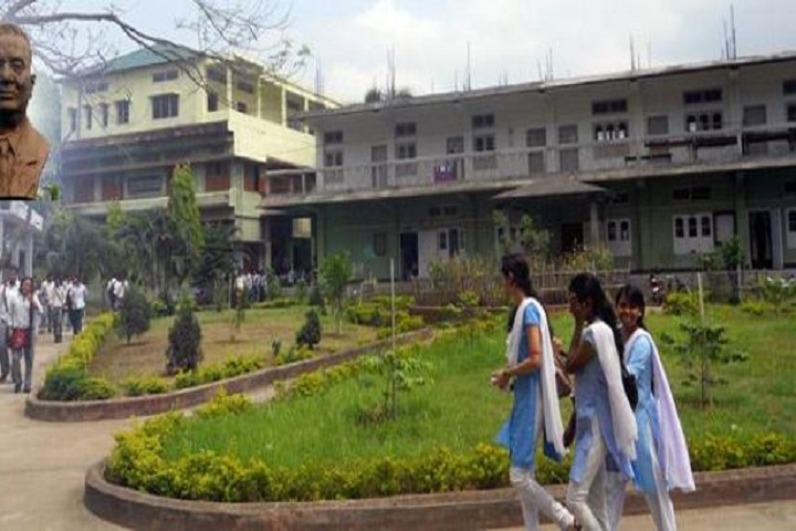 https://cache.careers360.mobi/media/colleges/social-media/media-gallery/18394/2018/11/15/Campus View Of Radha Govinda Baruah College Guwahati_Campus View.jpg