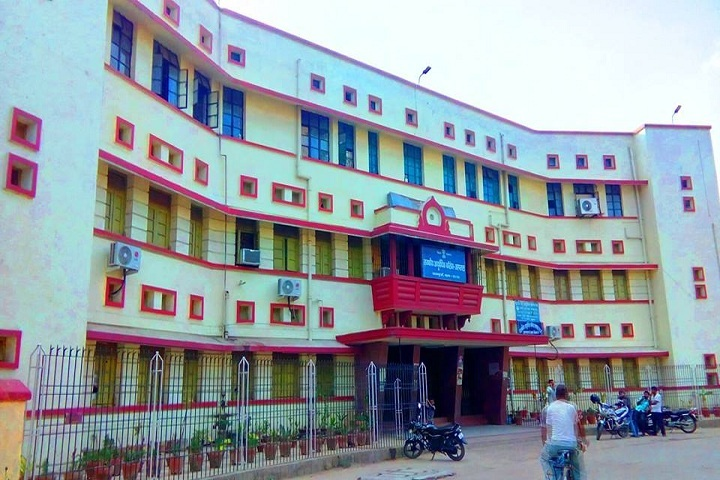 https://cache.careers360.mobi/media/colleges/social-media/media-gallery/18442/2019/1/1/Campus View of Government Ayurvedic College Hospital Patna_Campus-View.jpg