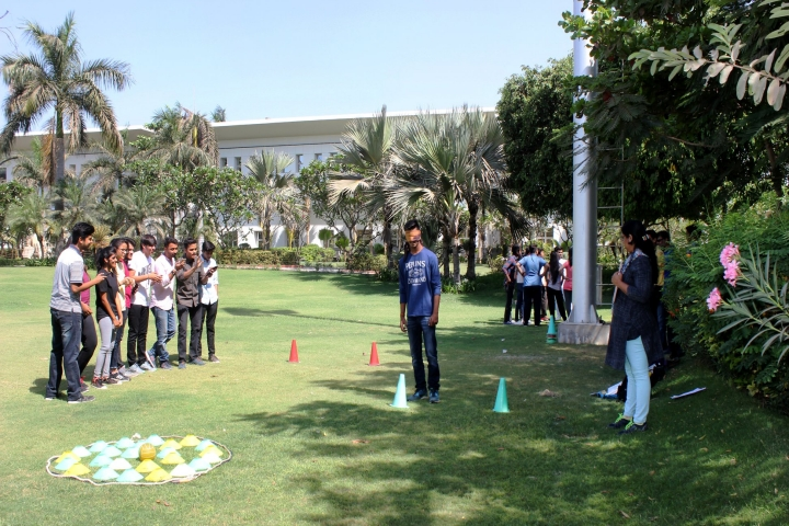 https://cache.careers360.mobi/media/colleges/social-media/media-gallery/1852/2019/7/17/Sports of Karnavati University Gandhinagar_Sports.jpg