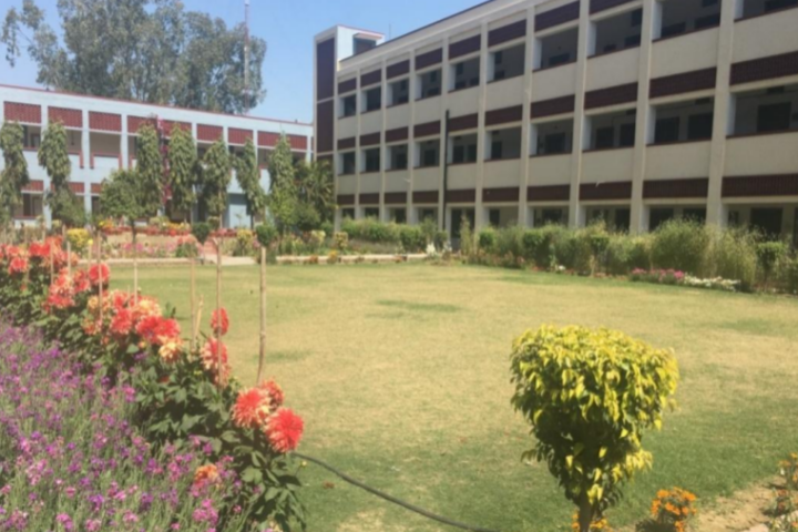 https://cache.careers360.mobi/media/colleges/social-media/media-gallery/18631/2018/11/2/Campus View of GHG Harparkash College of Education for Women Ludhiana_Campus-View.png