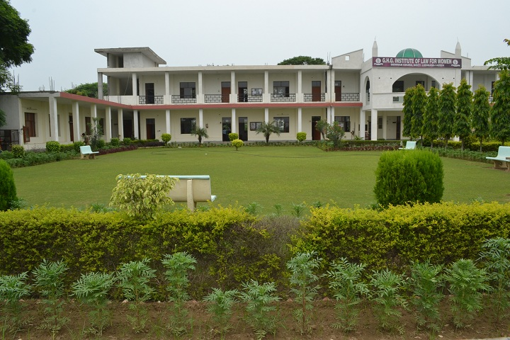 https://cache.careers360.mobi/media/colleges/social-media/media-gallery/18632/2018/12/1/College Adminitrative Building View of GHG Institute of Law for Women Sidhwan Khurd_Campus View.jpg